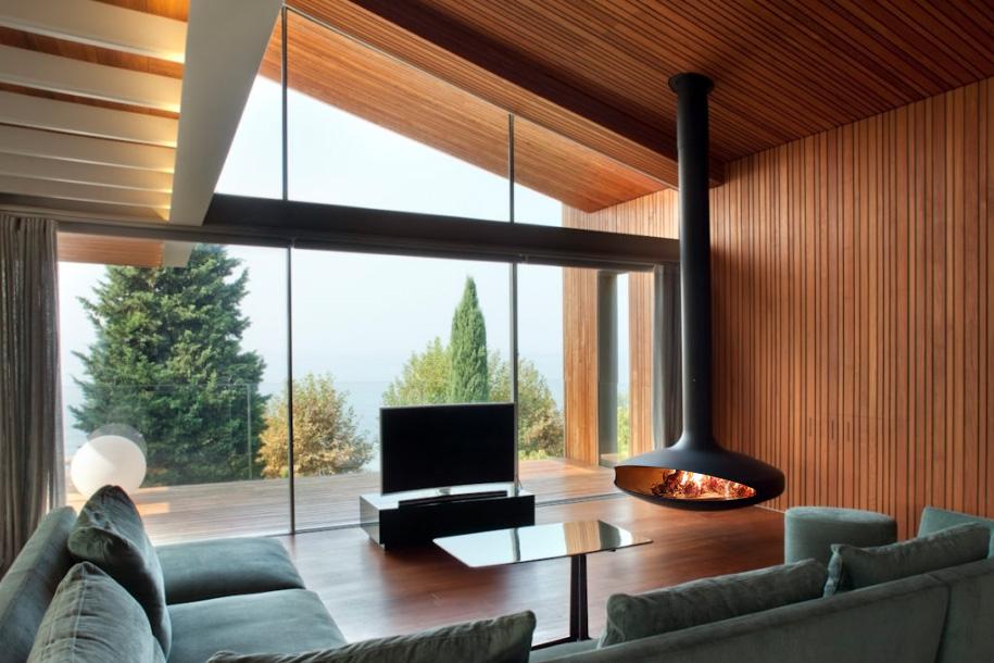 Villa ps al lago di garda focus for Lago living room