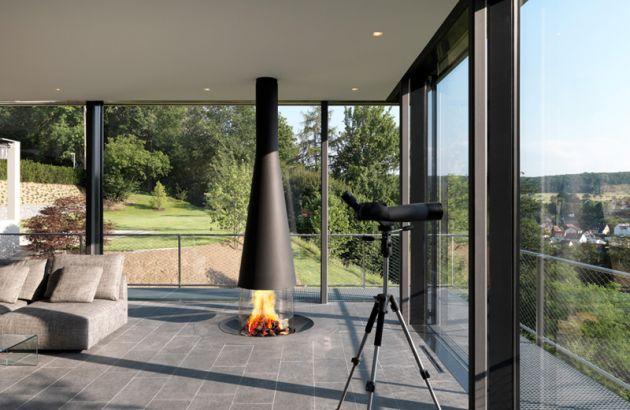 Central design fireplace Filiofocus in véranda